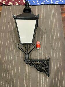 Victorian Style Black lantern Cast Iron Bracket Street Light Wall Lamp