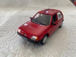 Peugeot 205 GL 1/43 Norev