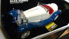 1/18 die-cast Burago 1932 Alfa Romeo 2300 Spider Roadster in white/blue