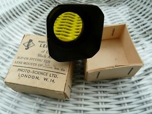 VINTAGE SLIP ON SQUARE LENS HOOD WITH YELLOW FILTER & ORIGINAL BOX PHOTO SCIENCE