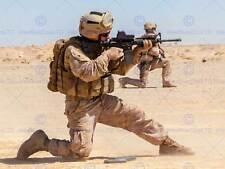 Guerra militar Ejército Soldado Pistola Rifle Marine disparar Arena Poster Print BB3409A