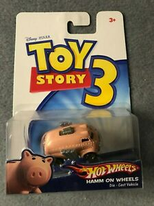 Hot Wheels Toys Story 3 (Hamm On Wheels) Rare, NEW VHTF 1/64 Scale Look