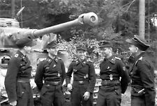 WW2 Photo WWII German Tank Crew with Panzer IV  World War Two Germany  / 2525