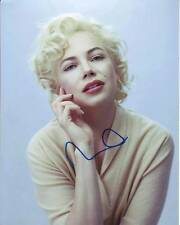 Michelle Williams Autographed 8x10 My Week With Marilyn ( Monroe ) Photograph