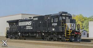 Scaletrains Rivet Counter HO GE C40-9 DASH 9-40C Norfolk Southern NS #8765 DC