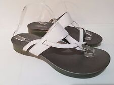 Clarks White Leather Thong Strappy Sandals Womens Size 11 M