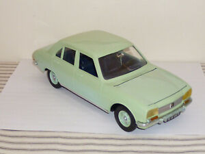 FRENCH MECCANO TRIANG PEUGEOT 504 1:18 1968 VERY RARE EXCELLENT ORIGINAL