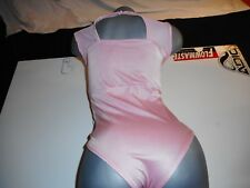 N/W/T!!!!!SHIMMERING PINK LINGERIE SIZE LARGE/XTRA LARGE