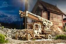 Maquette Mécanique Ugears Camion de Pompier avec Échelle