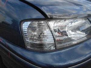 10/2001 TOYOTA AVALON V6 SEDAN RH CORNER LIGHT-$235-DELIVERED** (V7363)