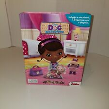Doc McStuffins My Busy Book Board Book Playmat & 9 Figurines Disney Junior