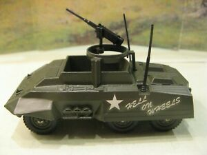 1/50 WW II US M-20 Armored Car Solido