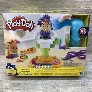 Play-Doh E2930 Buzz 'n Cut Fuzzy Pumper Barber Shop Toy with Electric Buzzer NEW