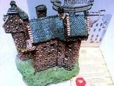 """Lilliput Lane Cottage """"Claypotts Castle"""" In Box, Retired, with Deed"""