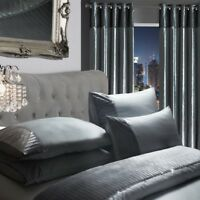 Luxury Sparkle Diamante Crushed Velvet Duvet Set Eyelet Curtains Silver Grey
