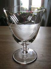 10 verres gravés, taillés anciens