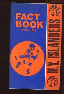 1973/1974 NHL Hockey New York Islanders Media Guide NRMT