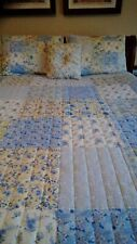 Quilt 86 x 86 blues and yellow, shams and pillow