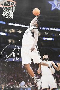 DeJuan Blair SA San Antonio Spurs Signed Auto 12x18 Photo COA GFA