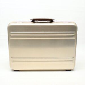 "1989 Zero Halliburton Aluminum Briefcase 17"" Classic Attache Case Leather Inside"