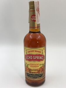 ECHO SPRING 4 YEARS OLD KENTUCKY STRAIGHT WHISKEY BOURBON 40% 75cl. AÑOS 90