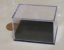 Escala 1:12 Caja grande de plástico con una base de Plástico Negro Accesorio de casa de muñecas