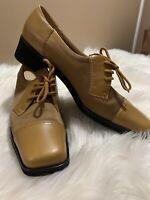 Salvatore Ferragamo women's Brown leather loafers 8.5