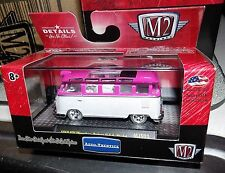 M2 MACHINES AUTO-THENTICS 1959 VW MICROBUS DELUXE U.S.A MODEL CHASE CAR 1/64