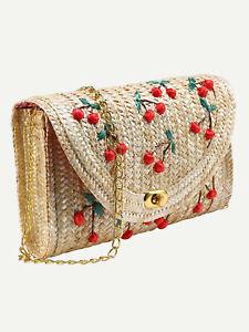 Bolso de paja con cerezas y cadena