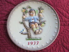 VTG 1977 Maria MJ HUMMEL 7th Annual Plate 270 APPLE TREE BOY Goebel Hang Stand
