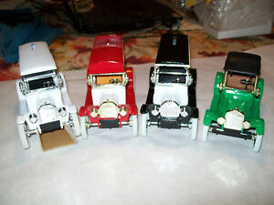 Ertl Four Different Dubuque Golf & Country Club Diecast Banks The Whole Set MIB