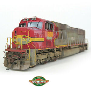 Athearn Genesis HO EMD SD75M PRLX x ATSF Warbonnet 250 DCC/SND LED Pro Weathered