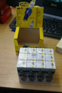 10 X MAGNETI MARELLI SPARK PLUGS - CW7LP - (N-9Y) SEE PIC FOR COMPATABILITY