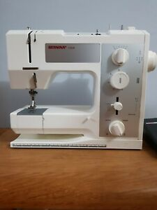 Bernina 1008 Sewing Machine Excellent Condition