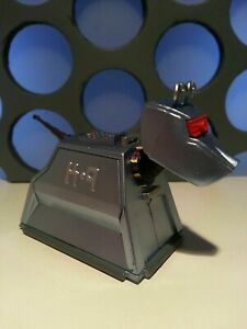 """Doctor Who K9 K-9 K 9 Classic Robot Dog Plastic Model Toy 5"""" Scale Figure"""