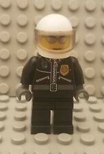 LEGO City Town Police Officer Minifigure Silver Sunglasses and Gold Badge