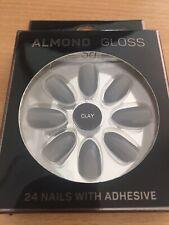 Clay Almond Gloss False Nails