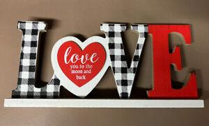 "New! ""LOVE U to Moon & Back"" Wood Sign Table Decor Farmhouse VALENTINE'S Wreath"