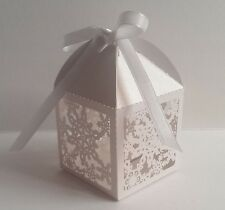 10 x Christmas Favour Boxes White Xmas Snowflake Sweet ribbon Wedding Party gift
