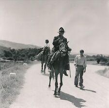 PORTUGAL c. 1950 - Famille à Cheval Route de Belmonte - DIV 9217