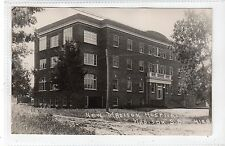 NEW MADISON HOSPITAL, MADISON: South Dakota USA postcard (C16912)