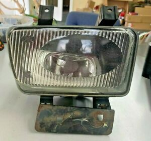 LAND-ROVER RIGHT SIDE  FOG LIGHT HELLA 236 406
