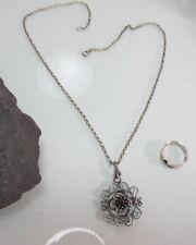 Wunderschöner Anhänger 835 Silber dunkler Stein + Ring 925 Silber (679)