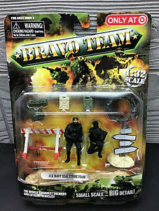 UNIMAX TOYS BRAVO TEAM U.S.NAVY SEAL STRIKE TEAM SOLDIER SET 1:32 SCALE