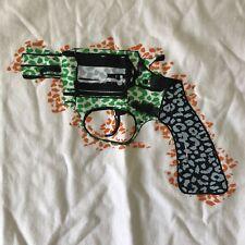 Crooks and Castles Revolver Gun Logo Tee Tshirt Mens Sizer XL