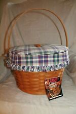New ListingLongaberger 2000 Hostess Sewing Basket, 3 protectors, Wt plaid and fabric lid