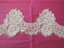 Ivory Embroidered Vintage Floral lace trim Bridal Wedding veil lace trim PerYard