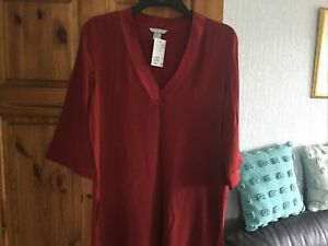 H & M  LOOSE LADIES TOP XL NEW. TUNIC. SIZE 16.