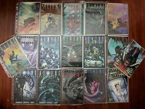 ALIENS Lot of (17) Comic Books & Binder! Hive, Earth War, Genocide - Dark Horse