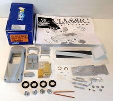 Voitures, camions et fourgons miniatures en résine pour Alfa Romeo 1:43
